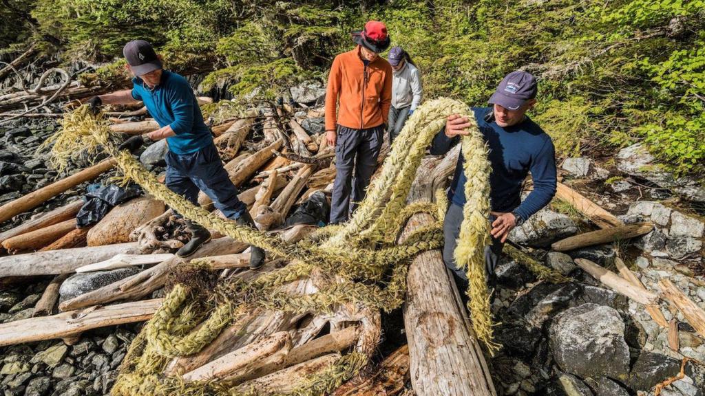 West Coast cleanup nets over 200 tonnes of marine debris
