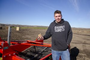 Chipewyan Prairie Dene First Nation fighting food insecurity with organic community farm