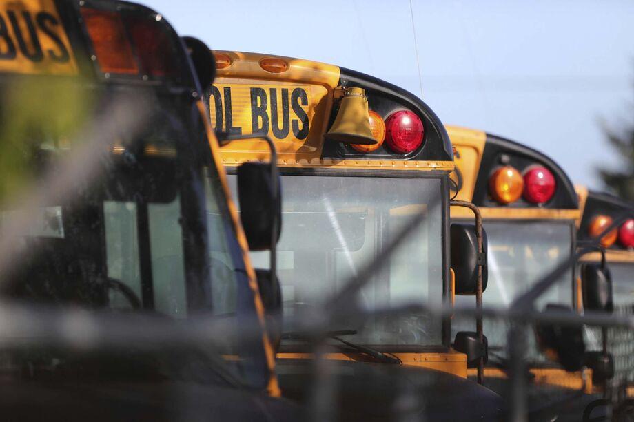 Manitoba school bus drivers in high demand